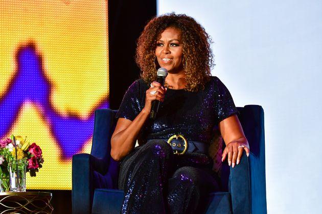 Les cheveux naturels de Michelle Obama salués par la