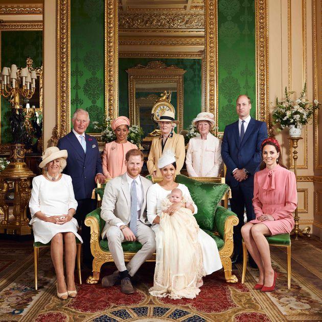 Hay un detalle de esta foto de Meghan Markle y el príncipe Enrique que está dando mucho que