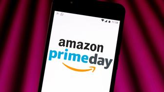 BRAZIL - 2019/06/28: In this photo illustration the Amazon Prime Day logo is seen displayed on a smartphone. (Photo Illustration by Rafael Henrique/SOPA Images/LightRocket via Getty Images)