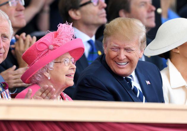 엘리자베스 2세 영국 여왕과 도널드 트럼프 미국 대통령. 포츠머스, 영국. 2019년