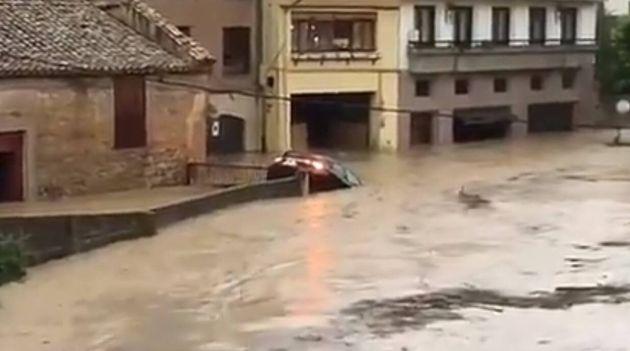 Localizan el cuerpo sin vida de un conductor arrastrado por el agua en