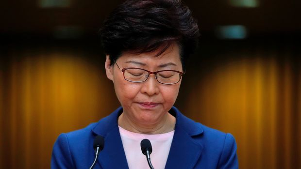 Hong Kong Chief Executive Carrie Lam speaks to media over an extradition bill in Hong Kong, China July 9, 2019. REUTERS/Tyrone Siu     TPX IMAGES OF THE DAY