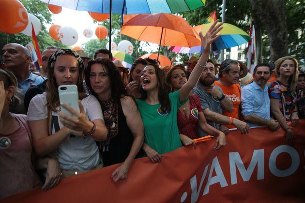 Cabecera de la pancarta portada por dirigentes de Ciudadanos, el pasado sábado, durante el Orgullo...