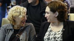 El guiño de Ada Colau a Manuela Carmena en las fiestas de La Mercè