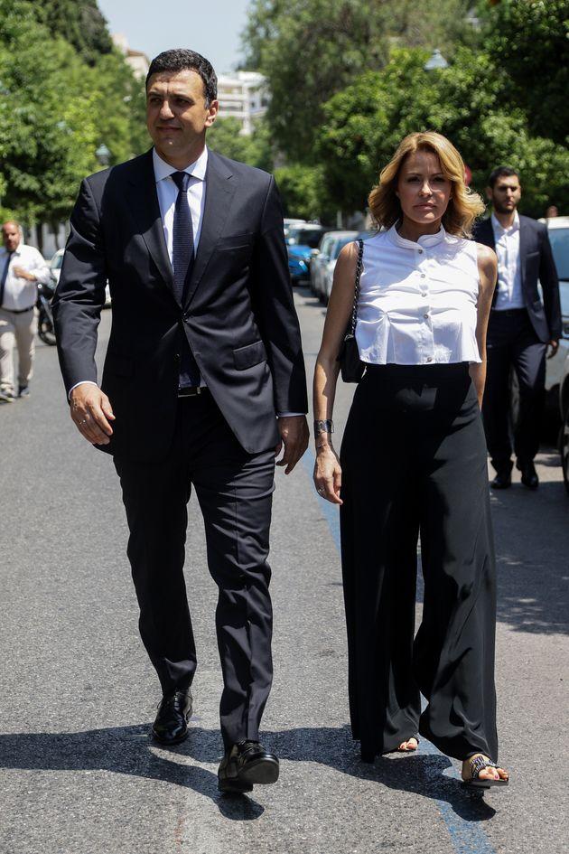 O νιόπαντρος υπουργός...