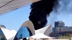 Controlado el incendio que ha obligado a desalojar el Oceanogràfic de