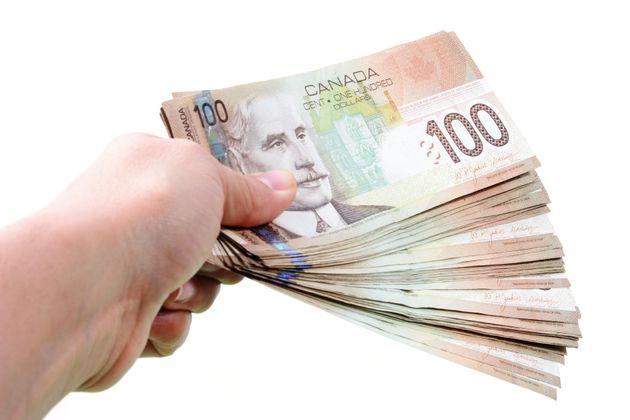 «J'ai dépensé, et je dépense encore, beaucoup de mes économies,...