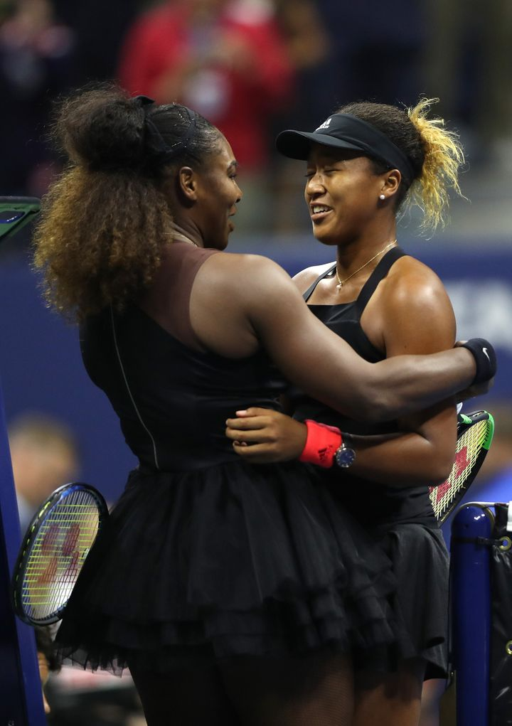 Osaka and Williams hug after Osaka won the finals match.