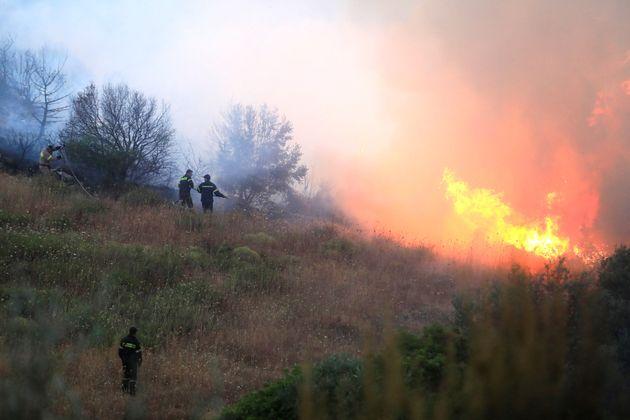 Πολύ υψηλός ο κίνδυνος πυρκαγιάς την Τετάρτη σε συγκεκριμένες