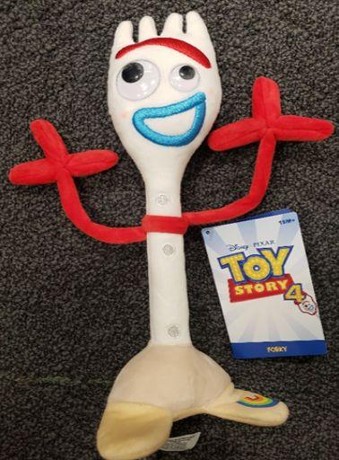 디즈니가 '토이 스토리4'의 '포키' 장난감을 리콜하고