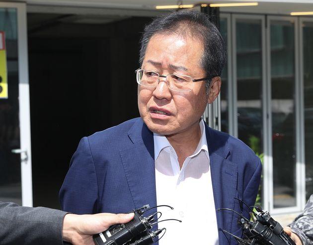 """홍준표, '윤석열 위증 논란'에 """"별 문제"""