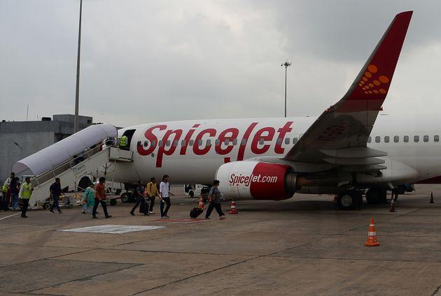 SpiceJet Technician Dies After Getting Stuck In Plane's Landing Gear Door At Kolkata