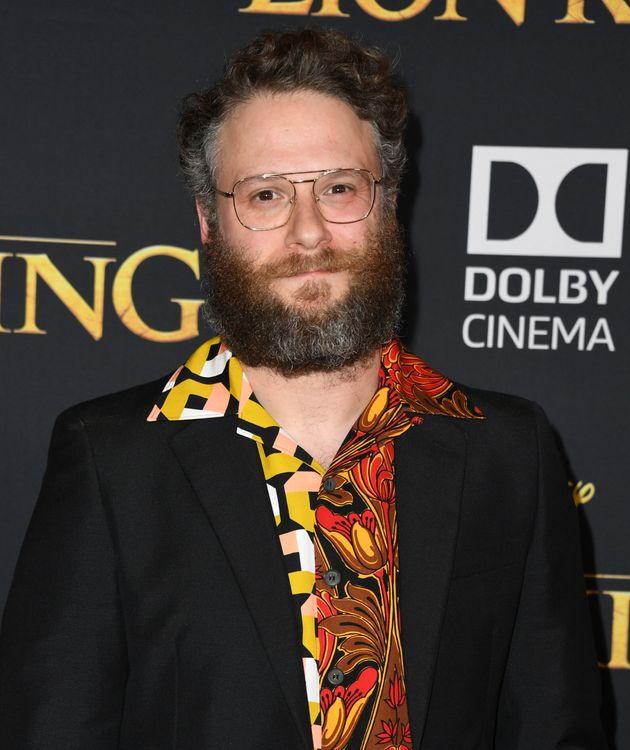 Seth Rogen (Pumbaa) avec une chemise très