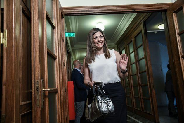Η υφυπουργός Παιδείας,...