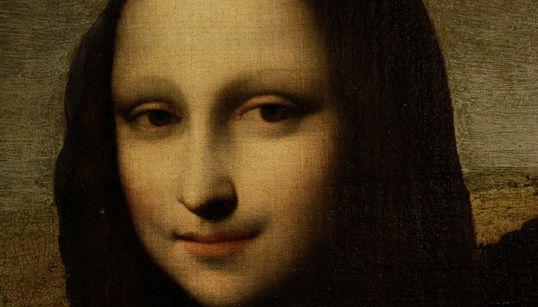 Γιατί χαμογελούν τόσο σπάνια τα μοντέλα στα κλασικά έργα