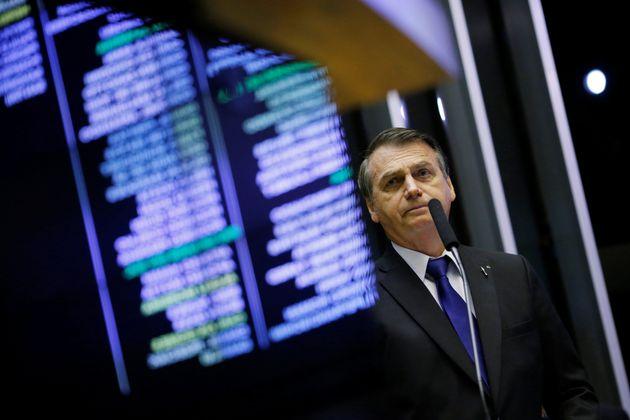"""Entre os entrevistados,39% responderam """"nada"""" quando perguntados sobre o que Bolsonaro..."""