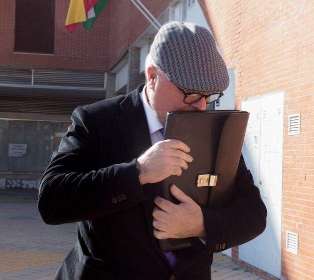 Villarejo admite encargos del BBVA, pero niega contactos con su