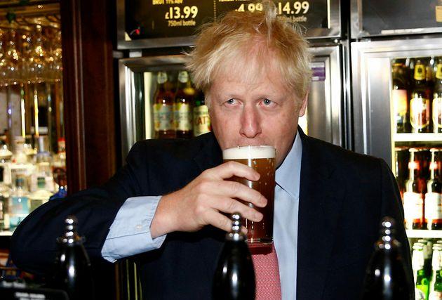 '트럼프 혹평' 영국 대사가 사임했다. 차기 유력 총리 보리스 존슨에게 비판이