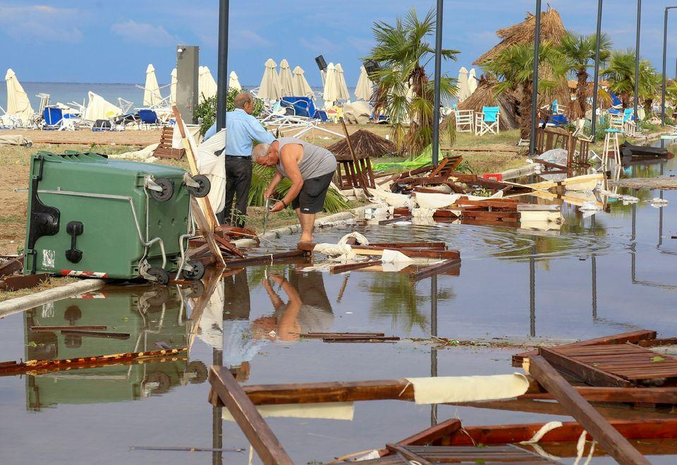 Η επόμενη μέρα στη Χαλκιδική - Οι εικόνες της καταστροφής μετά την