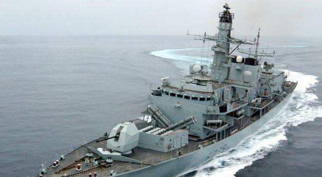 Irán impide que navegue un petrolero británico en el estrecho de