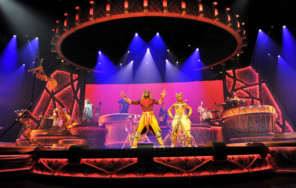 Un momento de la representación de 'The Lion King: Rhythms of the