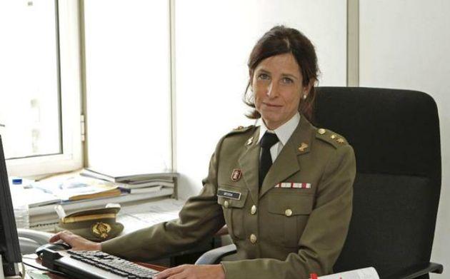 España contará con la primera mujer general en sus Fuerzas