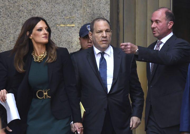 Harvey Weinstein et sa nouvelle avocate Donna Rotunno avant l'audience du jeudi 11 juillet.
