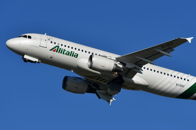 Atlantia pronta a salvare Alitalia. E detta i tempi a Di