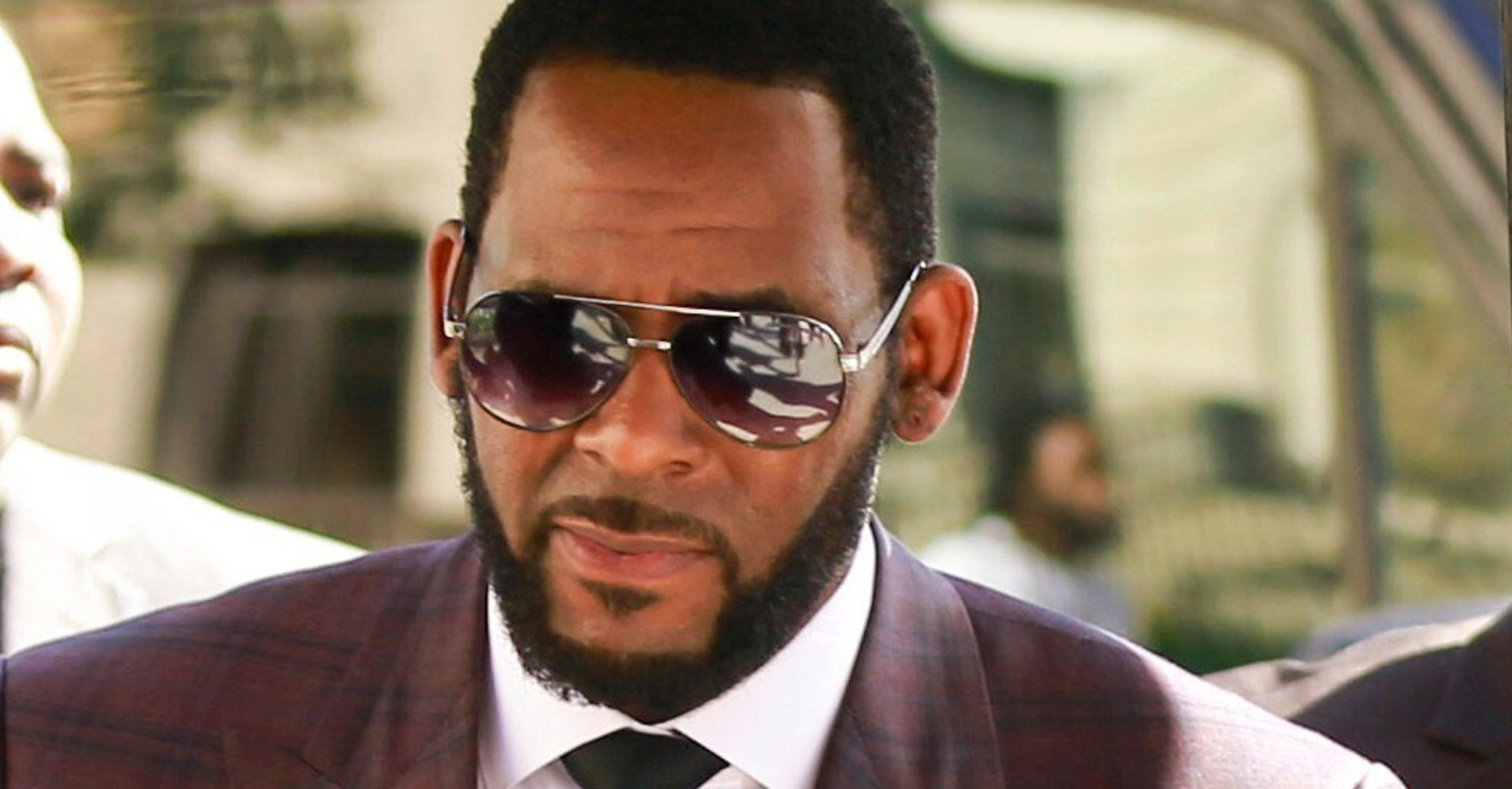 Westlake Legal Group 5d280361240000ff3493549b R. Kelly Arrested In Chicago On New Federal Sex Crime Charges