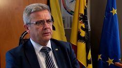 El presidente del Parlamento de Flandes dimite por un escándalo con una