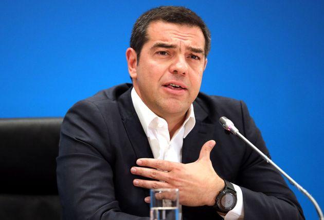 Τσίπρας: Ο ΣΥΡΙΖΑ φτιάχνει σχολές και η ΝΔ τις