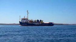 Chiusura dei porti, respingimenti e arrivi