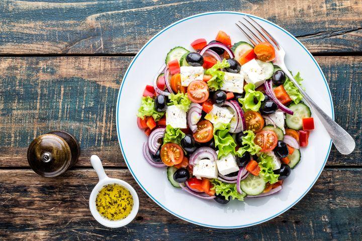 Quel régime adopter? Quels aliments privilégier? Lesquels supprimer? Ou diminuer? Beaucoup de questions, beaucoup de réponses, peu de consensus.