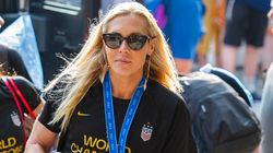 Allie Long Needs New Key To New York After Hers Was Stolen In