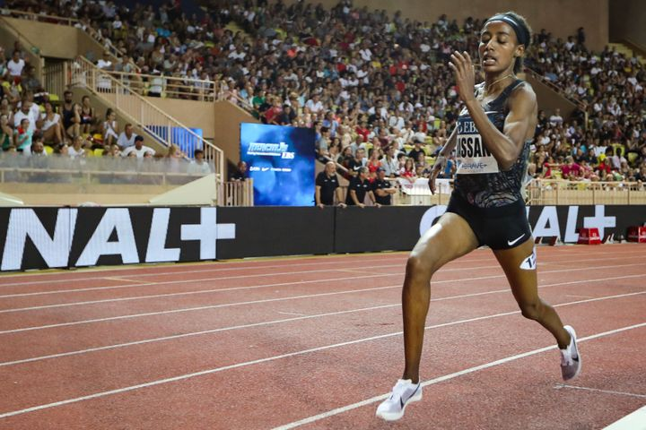 Sifan Hassan Runs The Fastest Mile Ever For A Woman