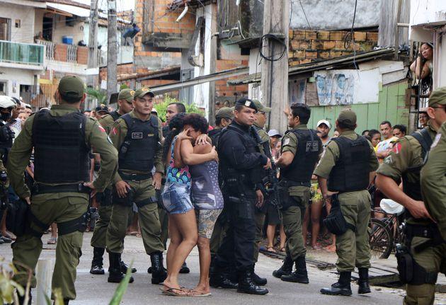 De acordo com pesquisa Datafolha, 69% dos brasileiros são contra facilitar que mais pessoas andem
