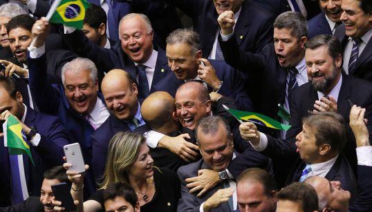 Após 3 dias de votações, Câmara conclui 1º turno da reforma da