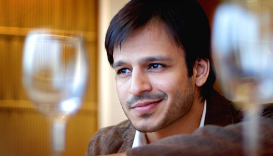 Vivek Oberoi Posts Tacky Meme On India's World Cup Exit, Twitter Roasts