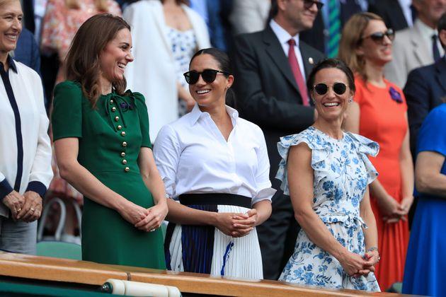 Finale dames de Wimbledon: Meghan Markle et Kate Middleton apparaissent