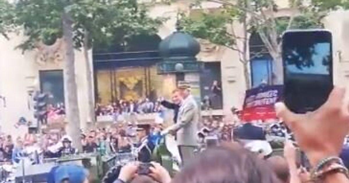 14 juillet: Macron hué lors de son passage sur les Champs-Élysées