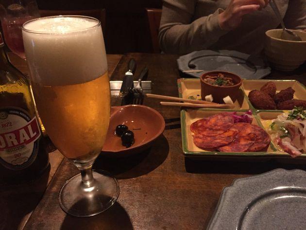 東京・渋谷のポルトガル料理店。この後、スプーンを落とした。