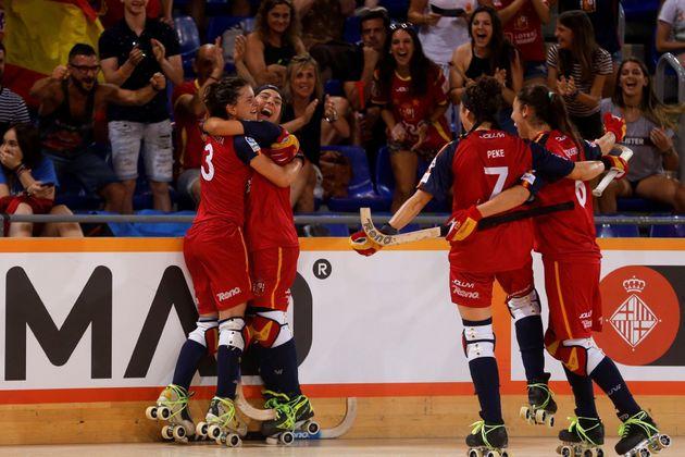 La selección femenina de hockey sobre patines gana la Copa del Mundo tras vencer (5-8) a