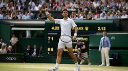Novak Djokovic batte Roger Federer nella finale-maratona storica di