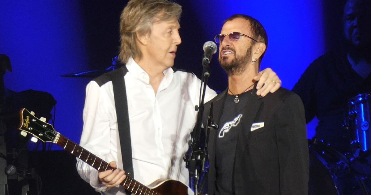 Here Comes The Sun: Beatles Fans Go Bonkers As Paul McCartney And Ringo Starr Reunite On L.A. Stage