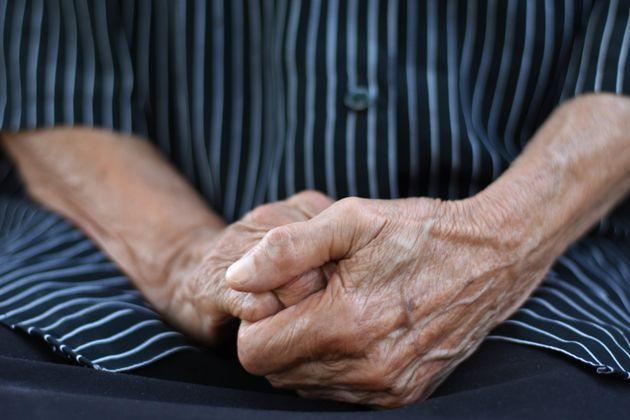 A 93 anni uccide la moglie di 90 per