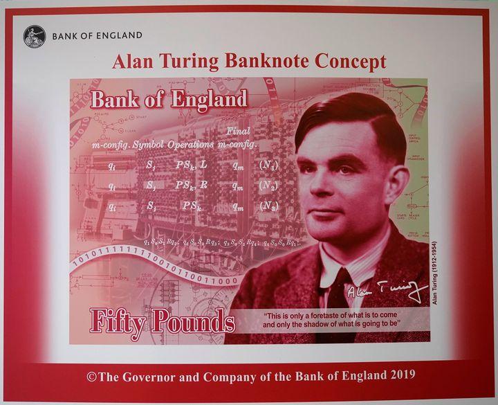 Illustration artistique d'Alan Turing sur les billets de 50 livres dévoilée par le gouverneur de la Banque d'Angleterre, Mark Carney, au Manchester Science and Industry Museum le 15 juillet 2019 à Manchester, en Angleterre.