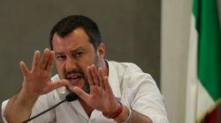 Salvini sta zitto, non molla i suoi sul Russiagate e provoca M5s su Siri e