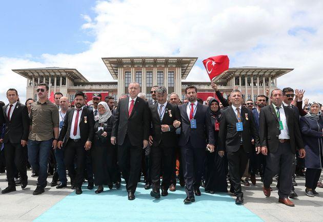 Ερντογάν: «Γελιούνται όσοι βρίσκουν δίκιο στην απέναντι πλευρά της Κύπρου και του