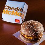 6 itens do cardápio do McDonald's que só existem por