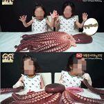 6살 쌍둥이에게 자르지 않은 '10kg 대왕문어' 먹방을 시킨 부모가
